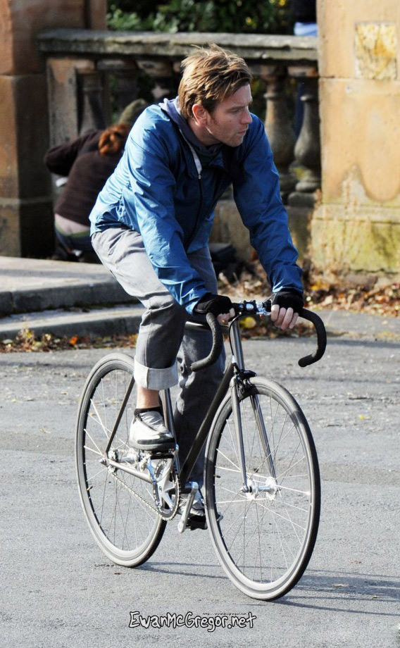 ewan mcgregor fixie