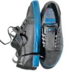 chaussures fixie dvs et cinelli à bandes reflechissantes