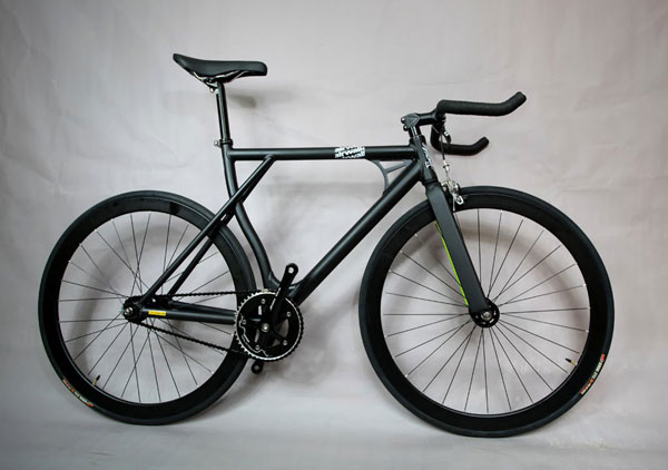 fixie black look piste
