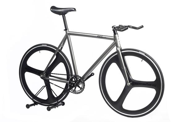 roue-baton-carbon-notorious-90-blb.jpg
