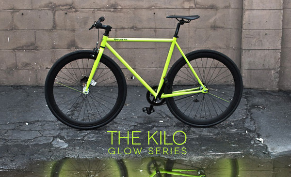 Kilo-Glow-blackberry-fluo