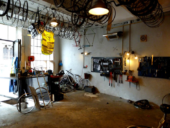 atelier-réparation-de-vélo-fixie