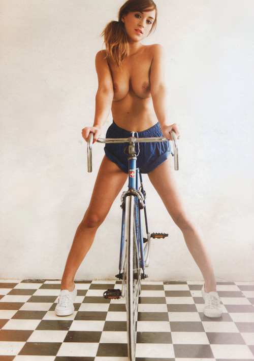 fille-sexy-et-fixie